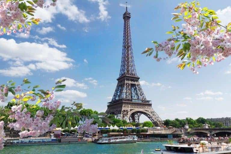5 Easy Ways to Book Award Tickets to Paris