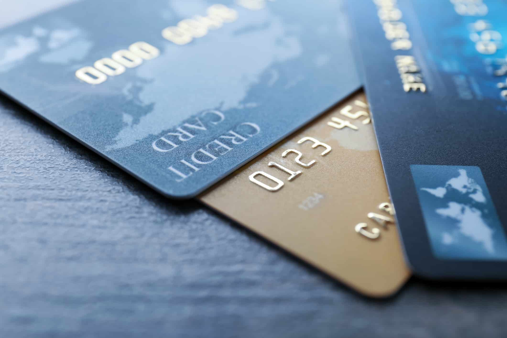 Chase Sapphire Preferred vs. Chase Sapphire Reserve: Which One Is Right For You?