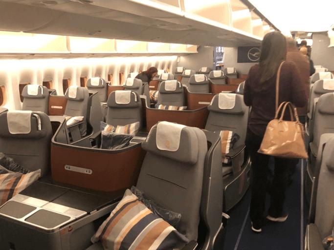 Lufthansa Business Class Lower Deck 2