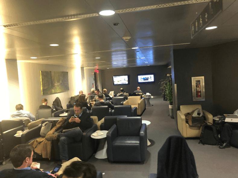 Lufthansa Business Lounge Seats 2