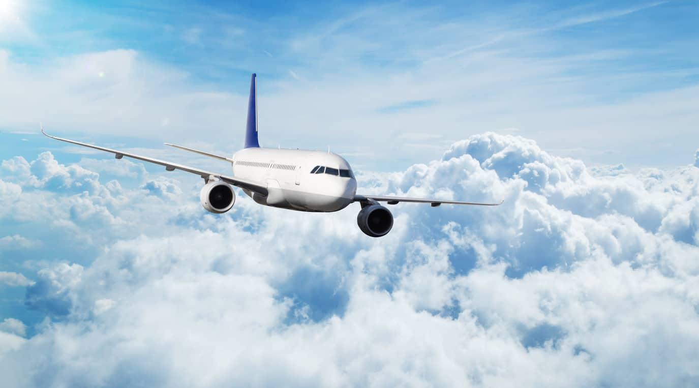 How to Keep Costs Low When Flying Low-Cost Airlines