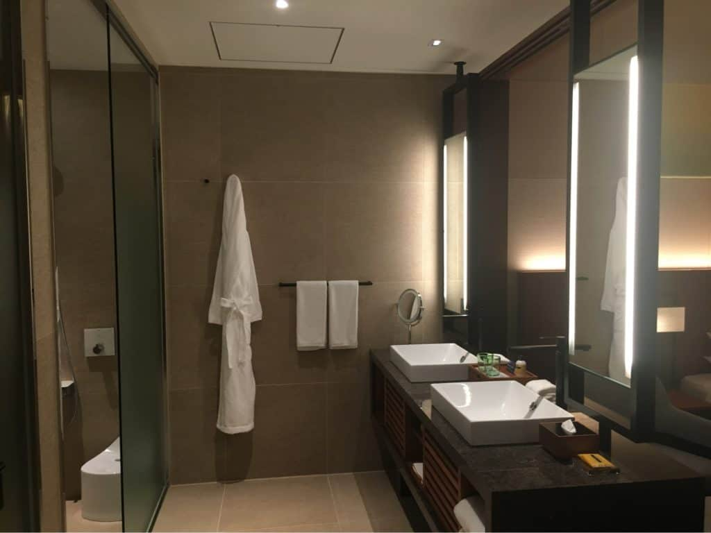 Bathroom - Hyatt Regency Seragaki Island, Okinawa, Japan Review