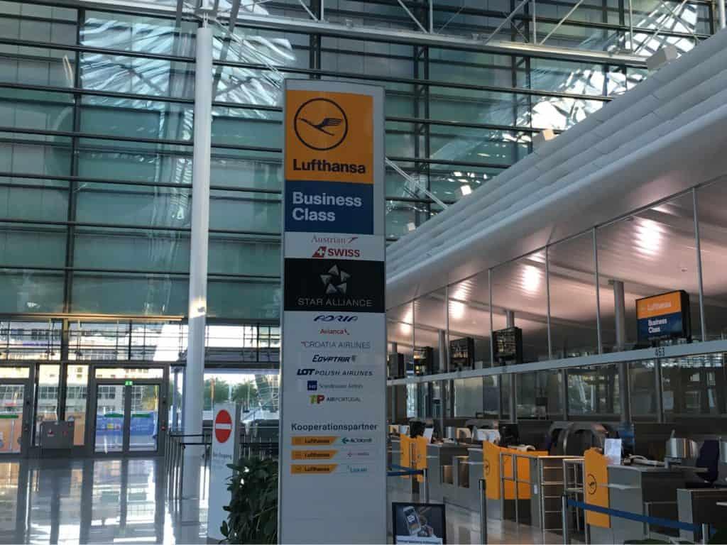 Lufthansa Business Class Lounge - Star Alliance