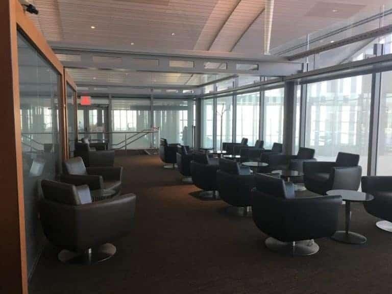 Air Canada Signature Lounge