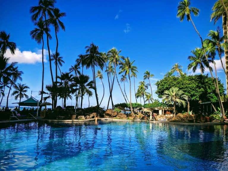 Hilton Hawaiian Village Waikiki Beach Resort Super Pool