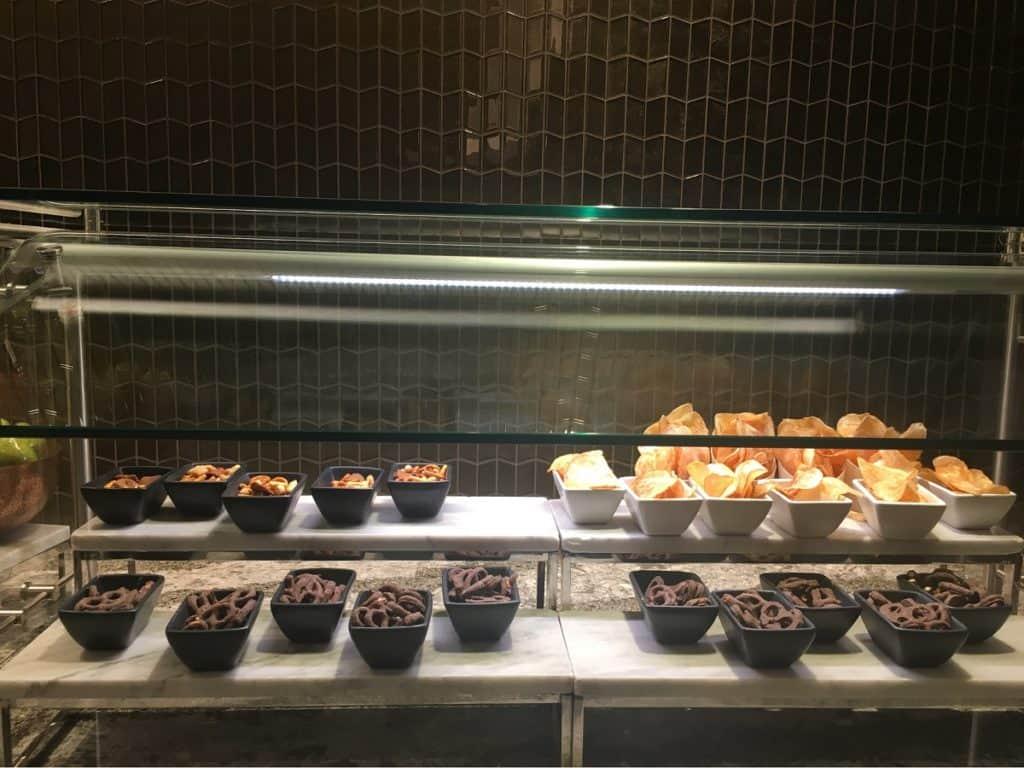 Food - United Polaris Lounge At Chicago O'Hare