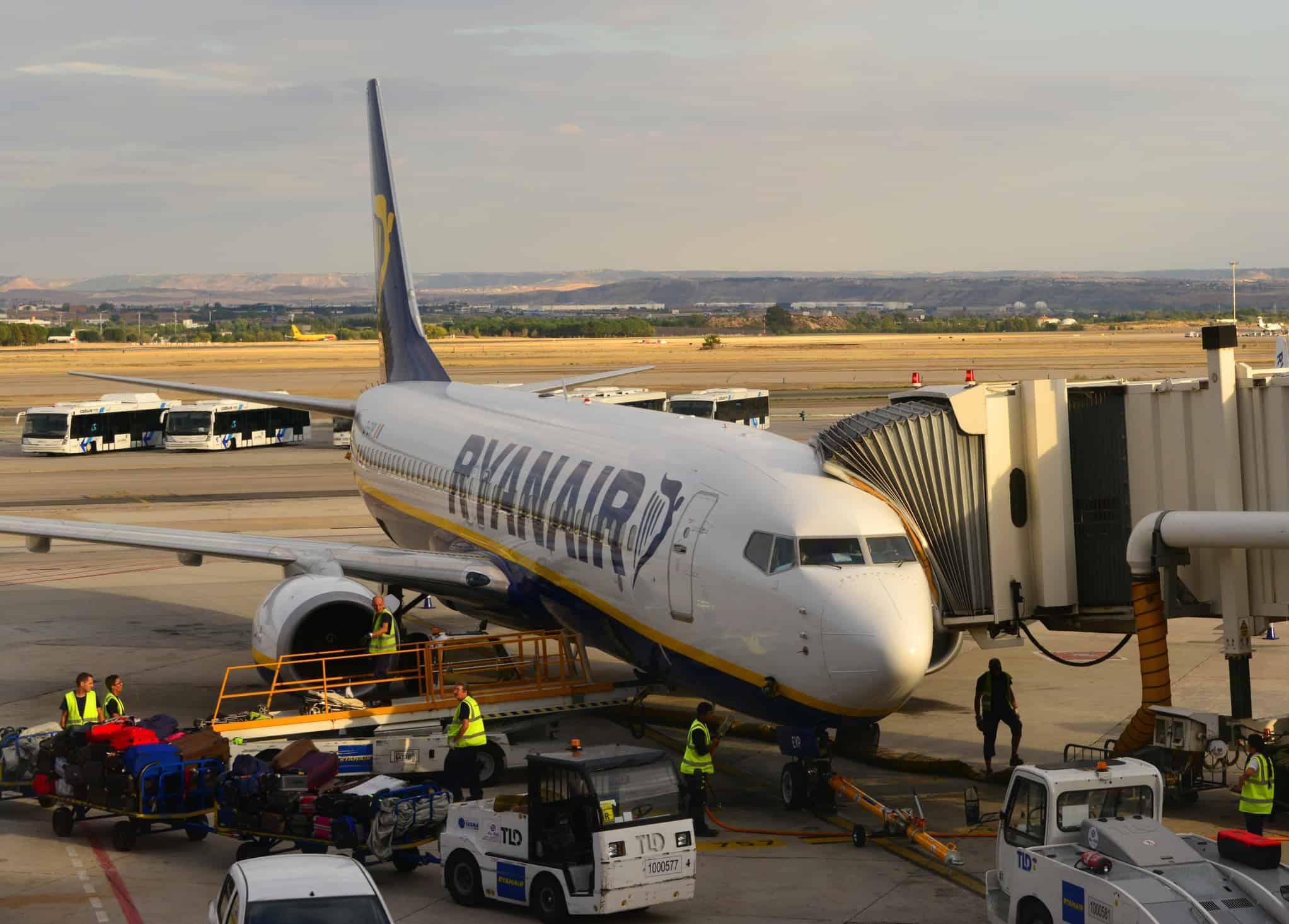 Ryanair Boeing 737 in Portugal