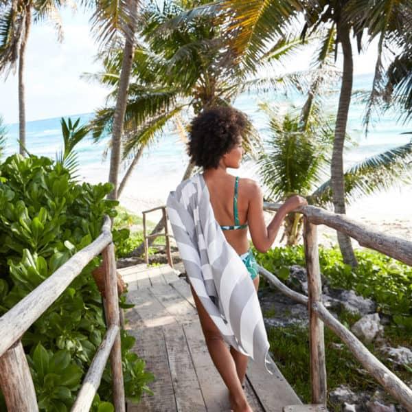 beach vacation items to bring-beach towel