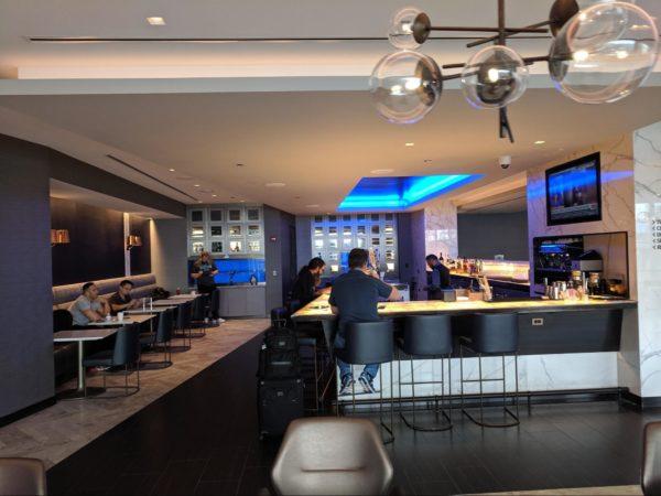 United's Polaris Lounge in Chicago