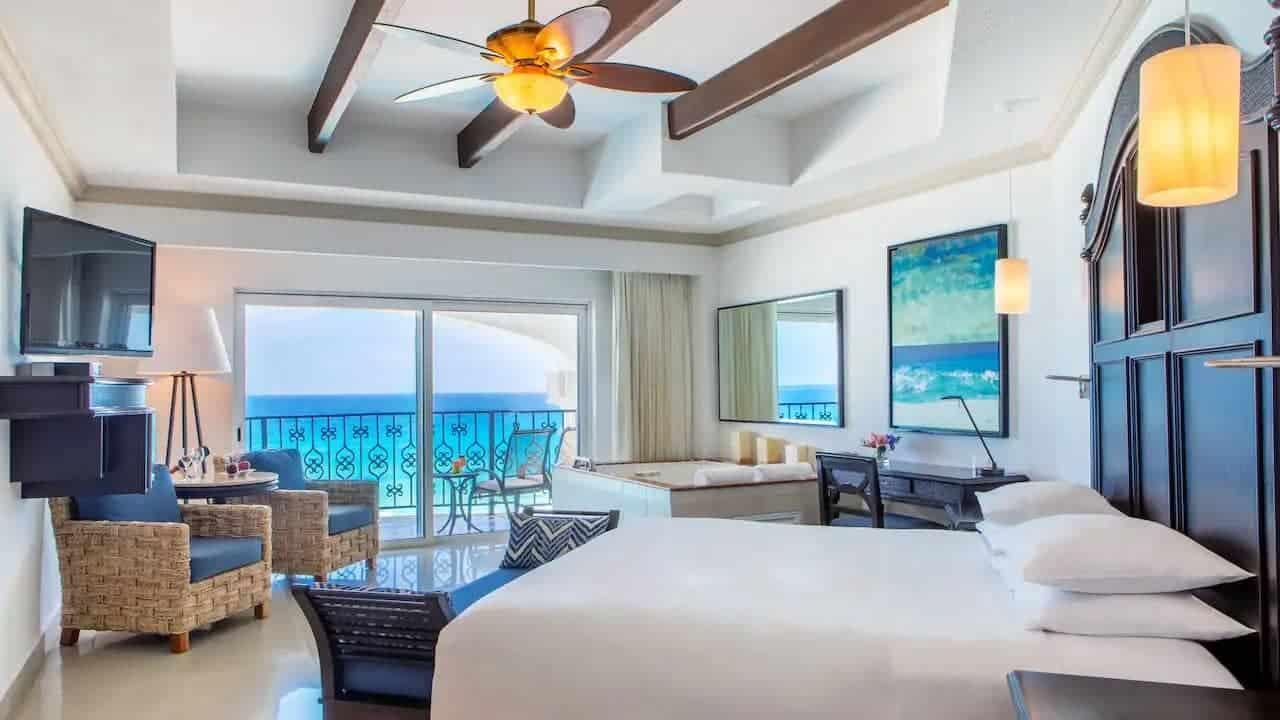 Hyatt-Zilara-Cancun-Ocean-Front-Junior-Suite-King-Room (1)