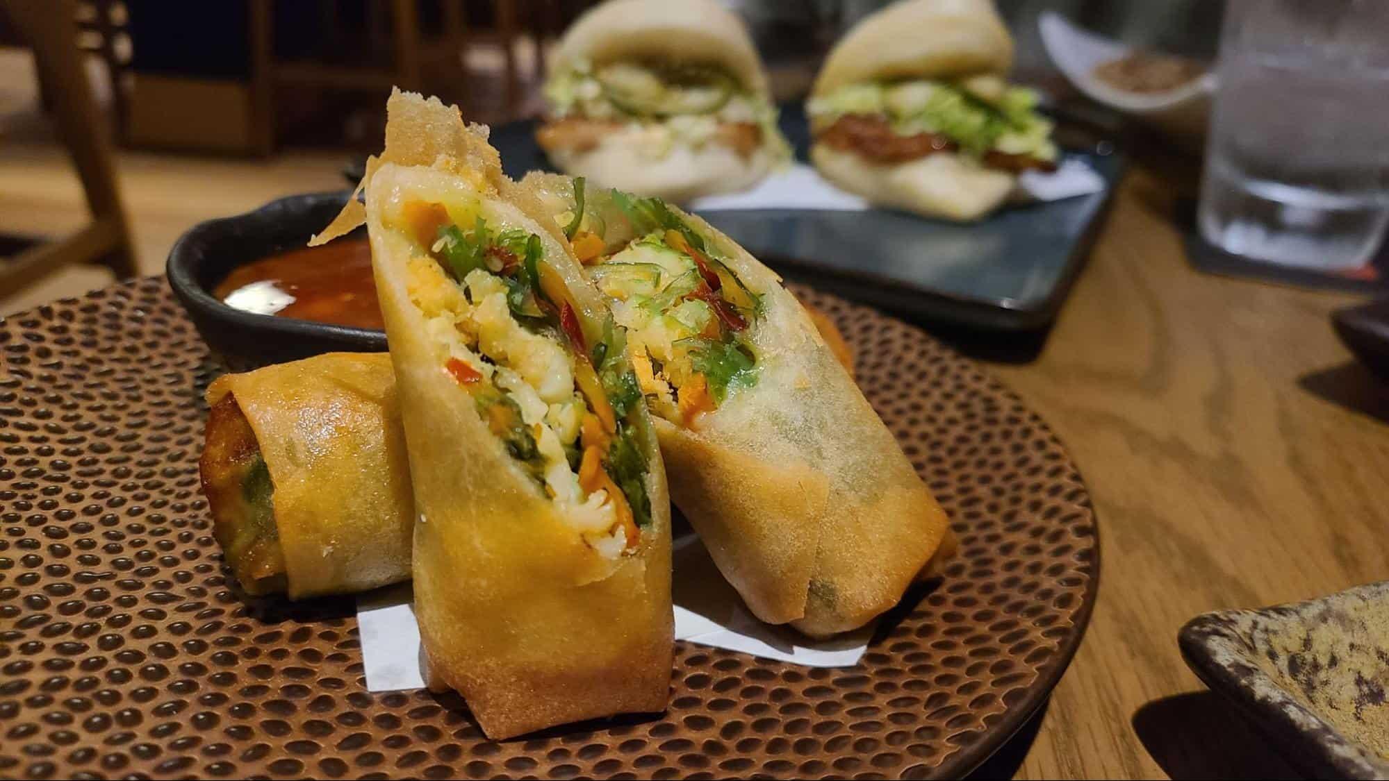Egg rolls and pork buns at Kasai Izakaya1