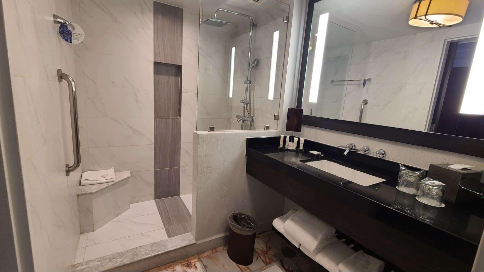 Marriott Cancun Resort-comfort room