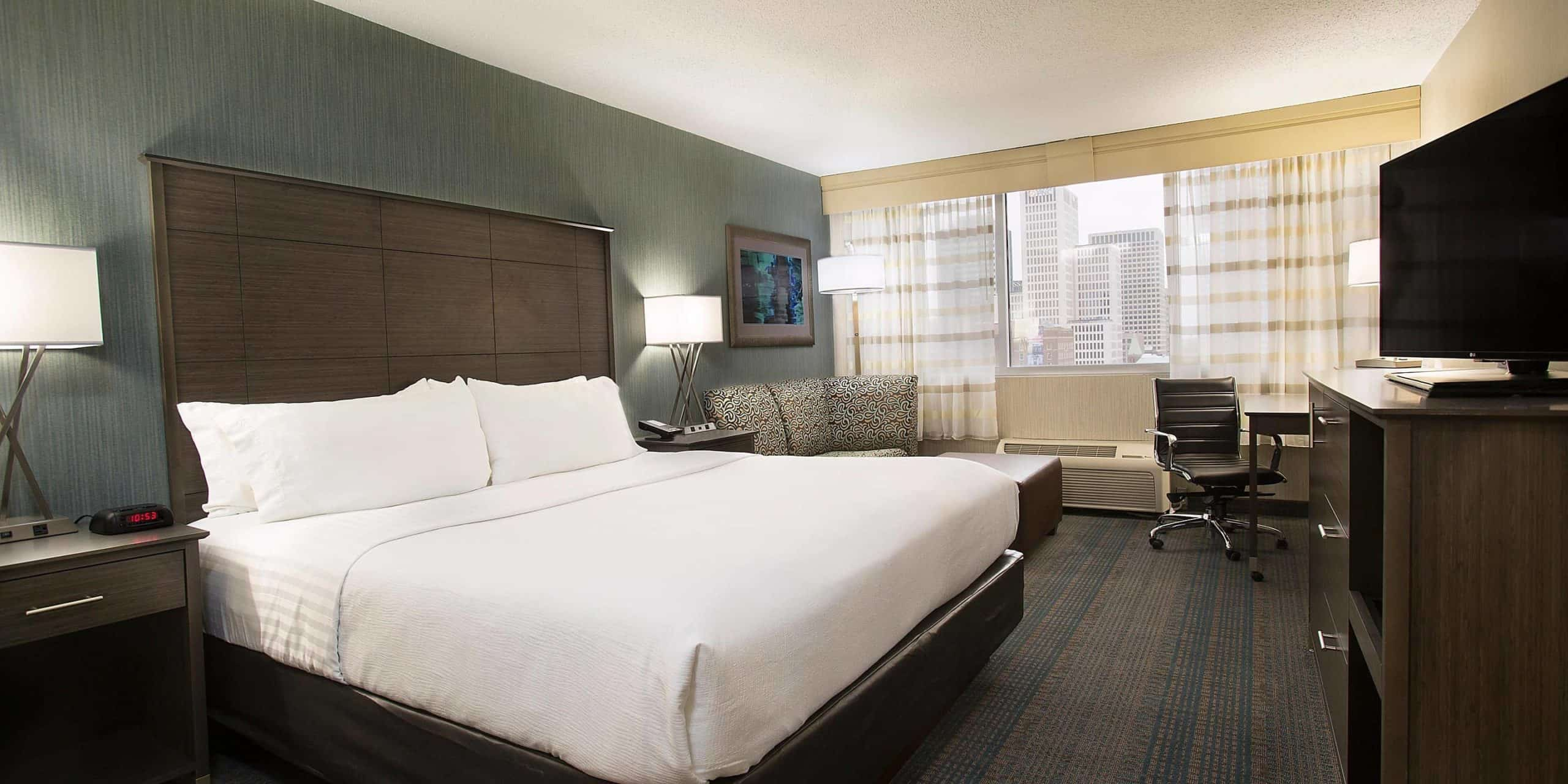 ihg hotels for family - Holiday Inn Columbus Downtown – Capitol Square
