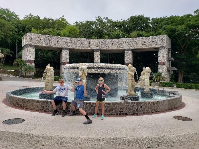 kids near water fountain