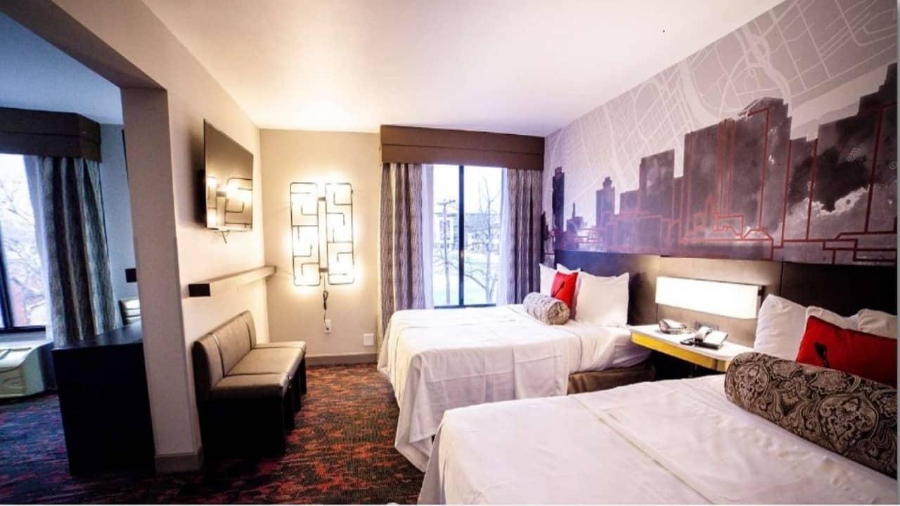 The Best Western Plus 2 Queen Beds